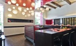 Conheça a decoração do restaurante japonês Azuki