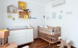 Quarto de bebê decorado com um toque de azul