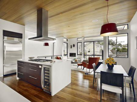 Resultado de imagem para cozinha americana com piso de madeira